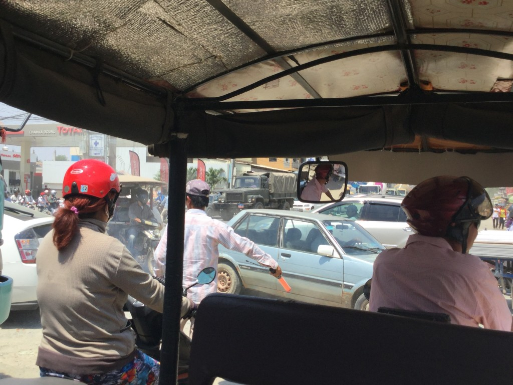 The chaos of Phnom Penh traffic from a passenger on a tuk-tuk point of view.